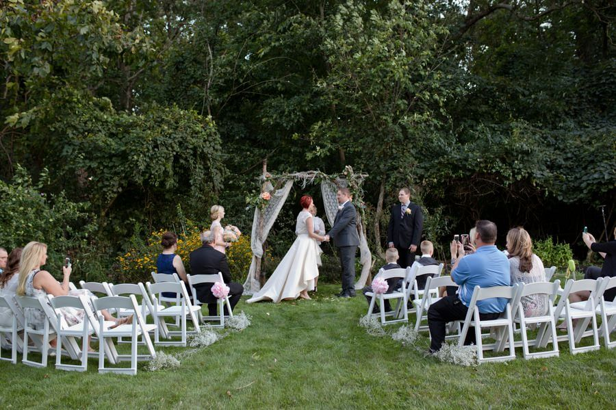 Backyard Wedding Columbus Ohio Melissa And Will Forget Me Knot Phtography