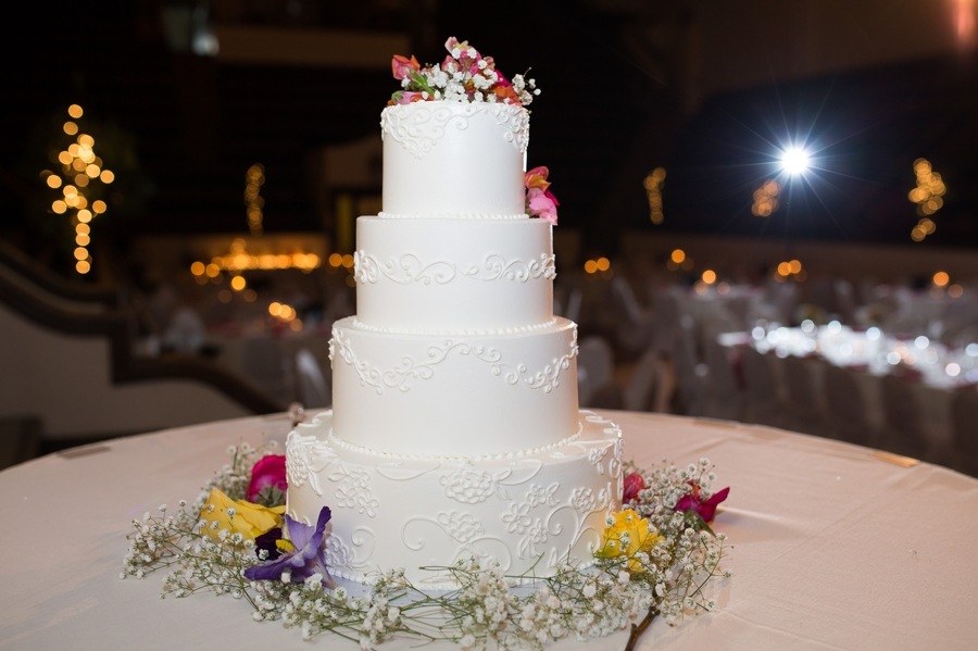 wedding cake at The Columbus Athenaeum