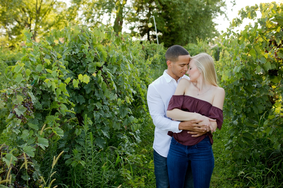 engaged couple at Slate Run Farm