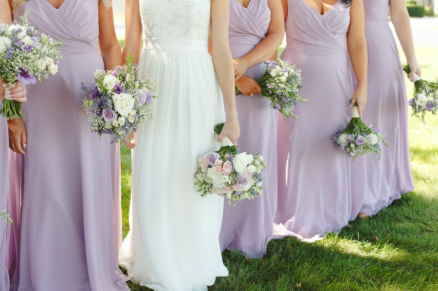 pink and lavender rose bouquets with baby's breath
