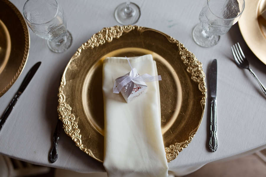 table setting with gold charger