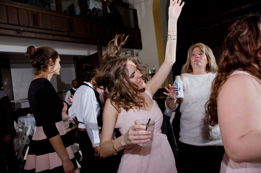 guest dancing at bluestone wedding reception