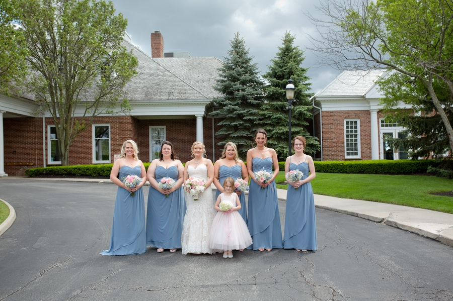 bride with bridesmaids at wedgewood country club