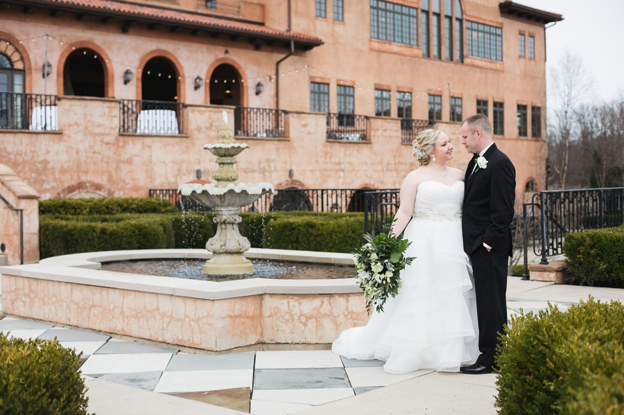 bride and groom on terrace of Club at Corazon wedding