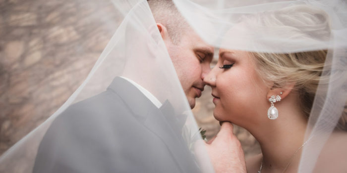 romantic photo under veil at club at corazon